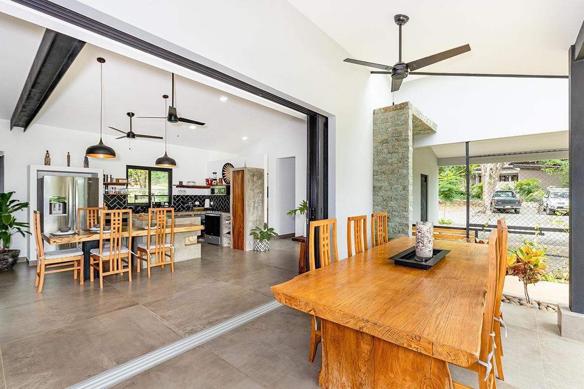 Costa Rica Real Estate – Casa Aranci