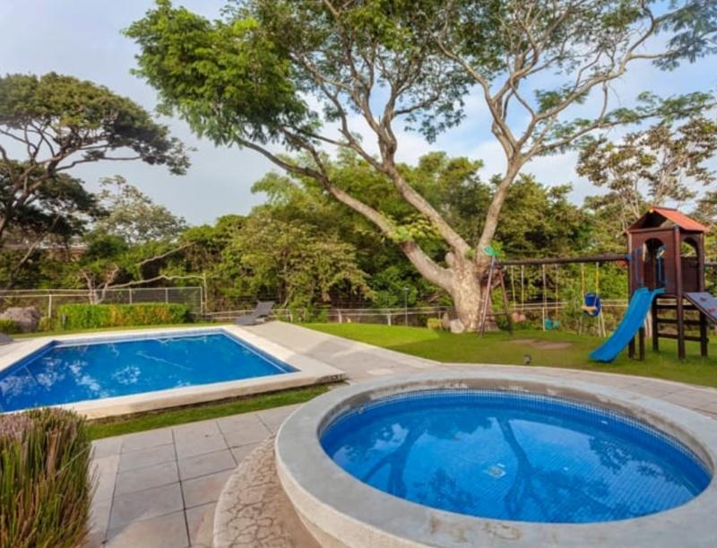 Costa Rica RealEstate - Modern Home in Santa Ana at Discount