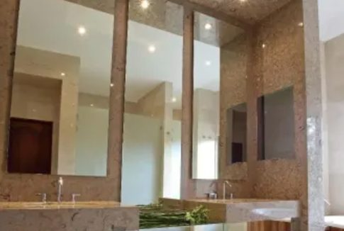 Costa Rica Real Estate - Spectacular Home in Valle del Sol
