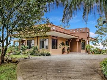 Casa Karisma Featured Image