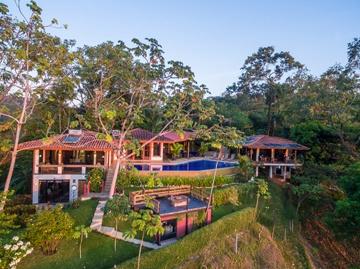 Casa Seabreeze Featured Image
