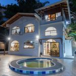 Villa Mono Titi Featured Image