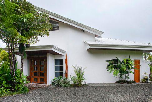 Costa Rica Real Estate - Villa Pinuela